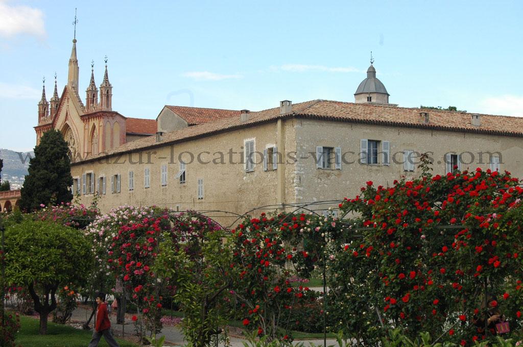 Le cloitre du monastère de Cimiez